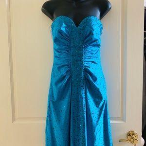 Dresses & Skirts - Rhinestone strapless plunging Cocktail mini Dress